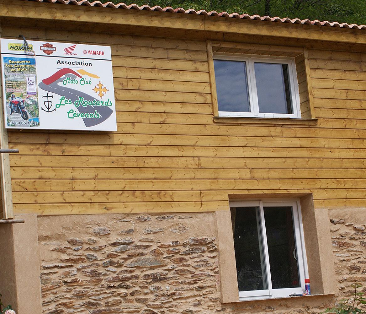 Relais Motards CHAMBRES D'HÔTES DU MOTARD CÉVENOL